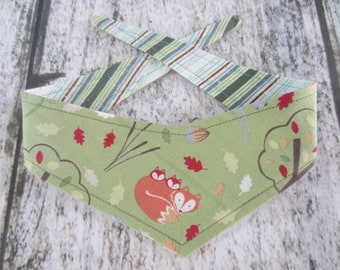 Itty Bitty reversible tie on bandana -  fox and babies/stripes Kanine Kerchief