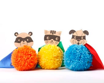 Pompoms, Easy Kids Craft, Superheros, Class Room Treat ,Pom Pom kit, Halloween party idea Party favor,  Super hero, Boys Favors