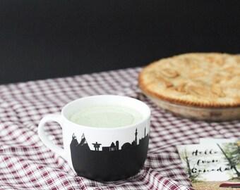 Canada chalkboard mug Vancouver Inukshuk Toronto Ottawa Montréal St-Jean Québec Tadoussac whale skyline custom cup latte mug