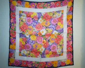 Vintage Gucci Linen Floral Scarf