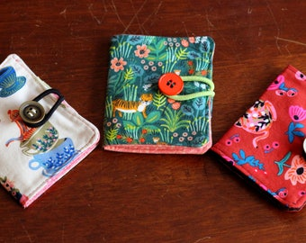 Teabag wallet 100% cotton in a variety of beautiful prints