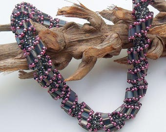 spiral necklace / twisted chain