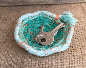 Woven rope bowl. Tiny bowl. Upcycled bowl. Beach plastic bowl. Brach pladtic bowl. Trinket bowl.