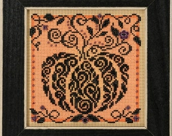 Mill Hill Buttons & Beads Autumn Series, Enchanted Pumpkin MH14-1821 Beaded Counted Cross Stitch Kit