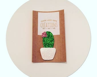 """✨✨Mettez glitter in your life with the brooch """"cactus"""" in white, green and pink sequined micro canvas"""