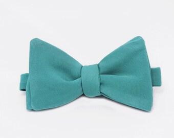 Silver Lake Self Tie Bow Tie