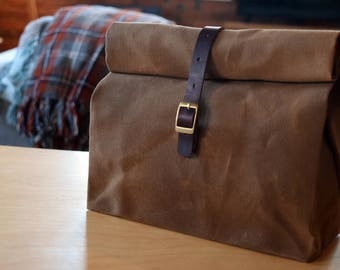Waxed Canvas Lunchbag | Horween Chromexcel Leather