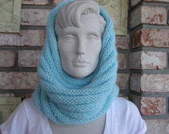 Baby Blues (Cowl/Windscarf)