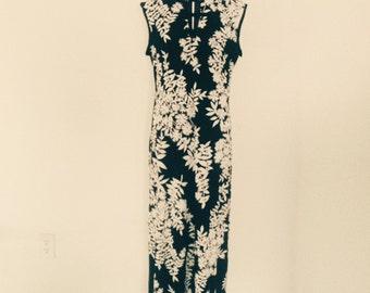 Vintage asian maxi dress. Frog closures sm- med Chengosam