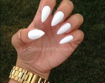 Glossy white stiletto nails set