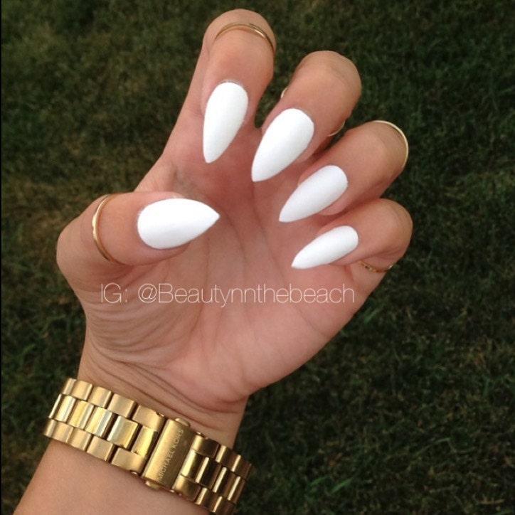 faux ongles stiletto