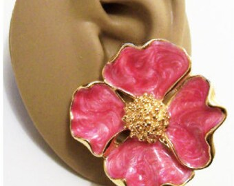 Avon Dogwood Flowers Clip On Earrings Gold Tone Vintage Avon Extra Large Pink Fuchsia White Pearl Marbled Padded  Scalloped Edges