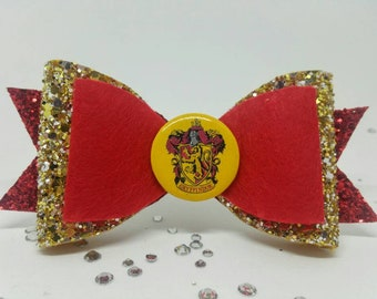 Gryffindor Harry Potter Tri-Bow - lovely gift for a Harry Potter fan!