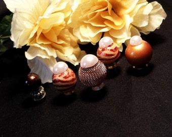 Brown Zebra Bead Thumbtacks Pushpins, Brown Bead Thumb Tacks Push Pins, Cork Board Accessory, Gift For Her, Birthday Gift, Office Decor