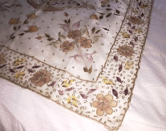 Outstanding Vintage Table Cover