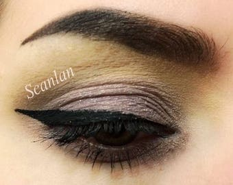 SCANLAN - Handmade Mineral Pressed Eye Shadow