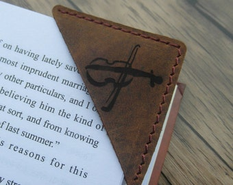 Personalized Leather Bookmark, Custom Leather Bookmark, Booklover Gift, Rustic Bookmark, unique bookmarks, gifts for readers, teacher gift