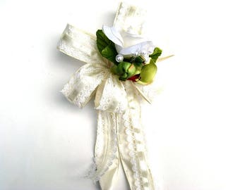 Tropical wedding gift bow, Anniversary gift bow, Gift for Brides, Bridal shower decoration, Gift wrapping bow, Lace & satin bow