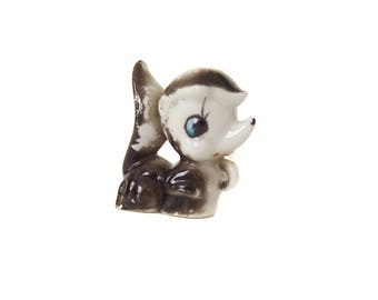Small Skunk Figurine Vintage 1950s Japan Kitsch Baby Animal Figure