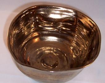 Gold/Bronze looking ceramic Bowl