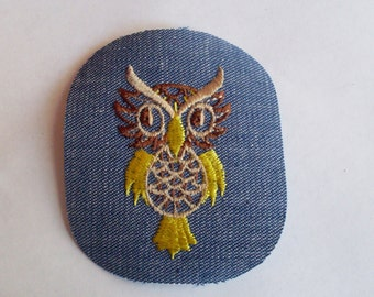 Owl Bird Yellow Brown Tan Unique Collectible Vintage 1970's Sewing Patch Applique