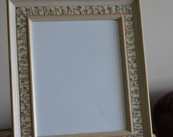"Dainty Floral Vintage Broken China 8"" x 10"" Mosaic Picture Frame"