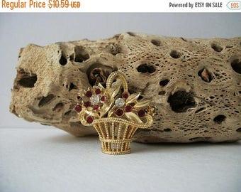 ON SALE Vintage Gold Tone Rhinestones Flower Basket Pin 82817