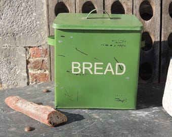Nice and large metal Bread box vintage green color