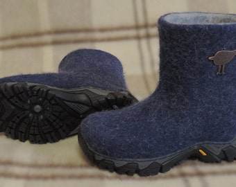 Felted boots/ valenki/ winter boots/warm boots