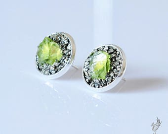 August Birthstone Earrings - Raw Stone Earrings - August Birthstone Jewelry Gift - Natural Peridot Stud Earrings - Genuine Peridot Jewelry