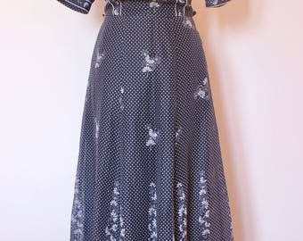 stunning black & white seventies boho dress. Eu  ( Belgian)38