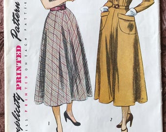 1940's Afternoon Day Dress Simplicity Pattern # 2617 - 2 Styles, Wing Collar & Cuffs, Fitted Bodice, Flared Skirt - Size 18, Bust 36