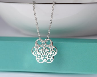 Dainty Flower necklace. Sterling Silver Filigree Flower necklace. Layering necklace. Everyday necklace