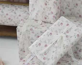 Shabby Pink Roses Gift Wrap