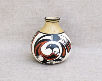 Southwestern Hand Painted Gourd Pot Geometric Design Rainbird New Mexico Desert Southwest Pottery - Inspired #182