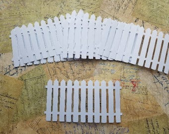 Die Cut White Picket Fence.      #H-60