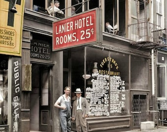 Lannier Hotel taken in 1921