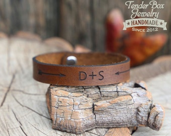 Personalized engraved couples leather bracelet leather cuff engraved leather bracelet engraved leather cuff custom leather