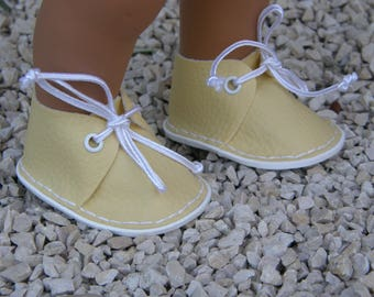 Yellow shoes for Wichtel dolls