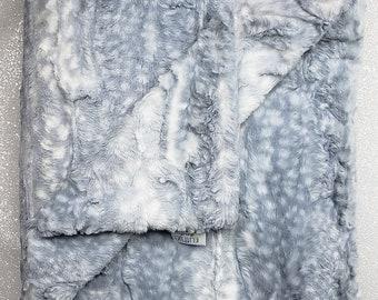 Minky Blanket, Arctic Snow Leopard print, Fawn snow leopard , silver, neutral, soft luxurious throw, Faux fur blanket, Christmas cool tones
