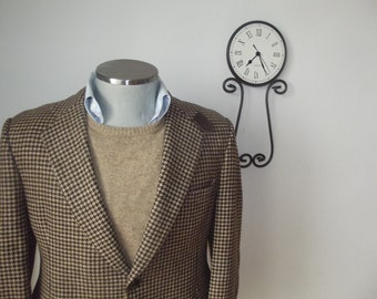 1960s CHARLES CHRISTIAN Houndstooth Tweed Suit Jacket with Suede Elbow Patch / 60s Vintage Tweed  Sport Coat with Throat Latch / Size 40R