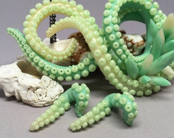 Jade and Crystals Tentacle Neckalce and Earring Set- Glow in the dark