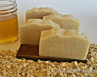 Oatmeal and Honey All Natural Soap / Soothing Soap/ Handmade Soap / Handcrafted Soap / Homemade Soap / Gift for her / Mothers day Gift