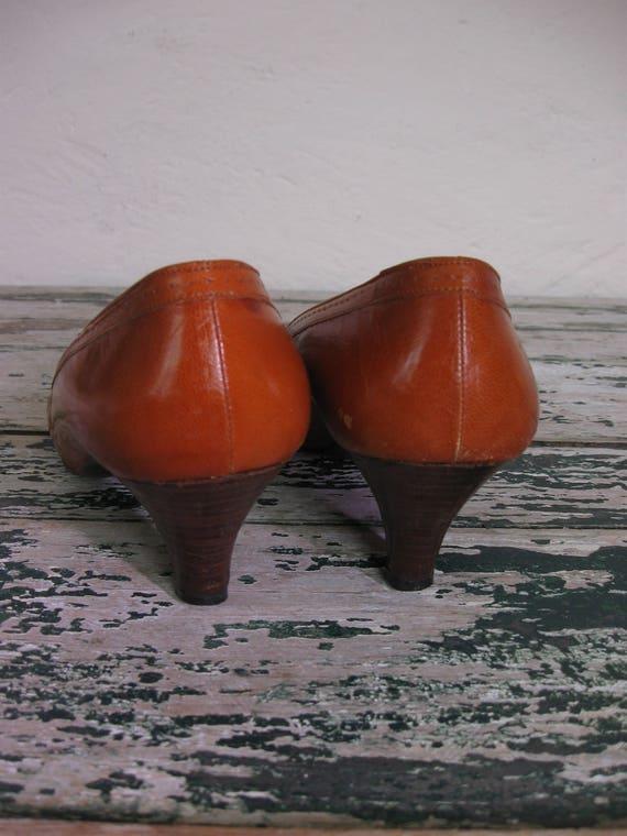 220b2d4e6c825 Spectator heel Wooden 1 Cognac 2M 8 Pappagallo 1980's Pumps nWAaq7va ...