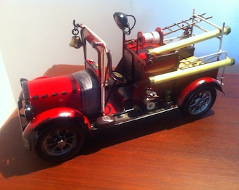 1930s Red Fire Engine - Fireman Vehicle Water Pump Truck Tin Metal Small Miniature Decoration