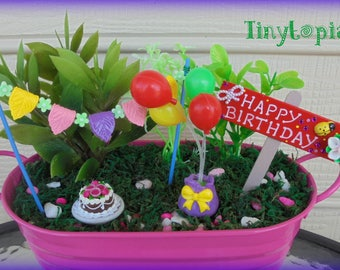 Miniature Happy Birthday Set Fairy Garden Accessory