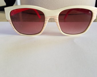"""Vintage Red and White Super Nylon """"Visual Scene"""" Sunglasses Made in Taiwan"""