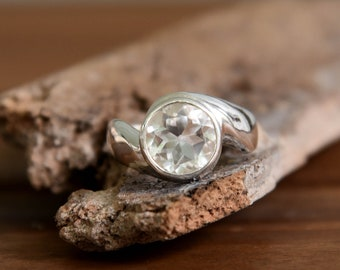 Crystal Ring - Size: 8