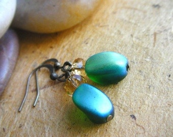 Green Iridescent Earrings - Emerald Green Earrings, Green Earrings, Green Dangle Earrings, Antique Brass Green Earrings
