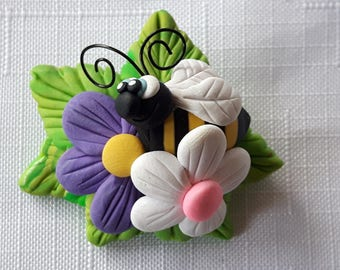 L'il Bee and Flowers Brooch,Spring Themed Brooch by Pook Designz, Happy Bee, Happy Flowers